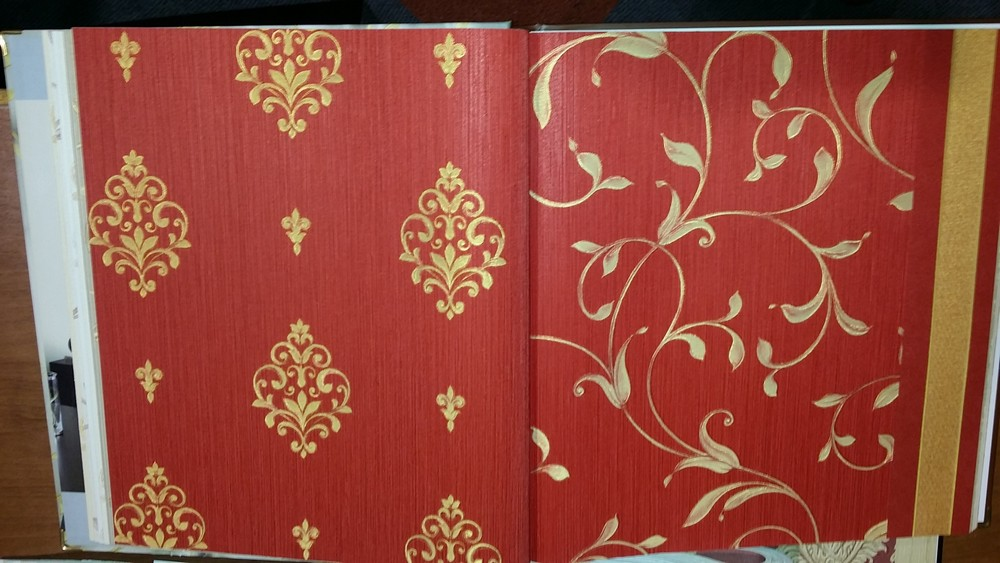 Carta da parati damasco classy e glamour for Carta da parati damascata rossa