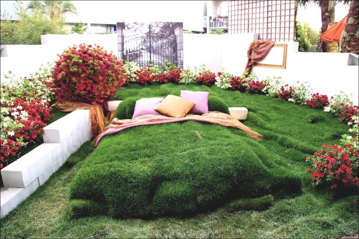 prato in erba sintetica da esterno - idee prato artificiale