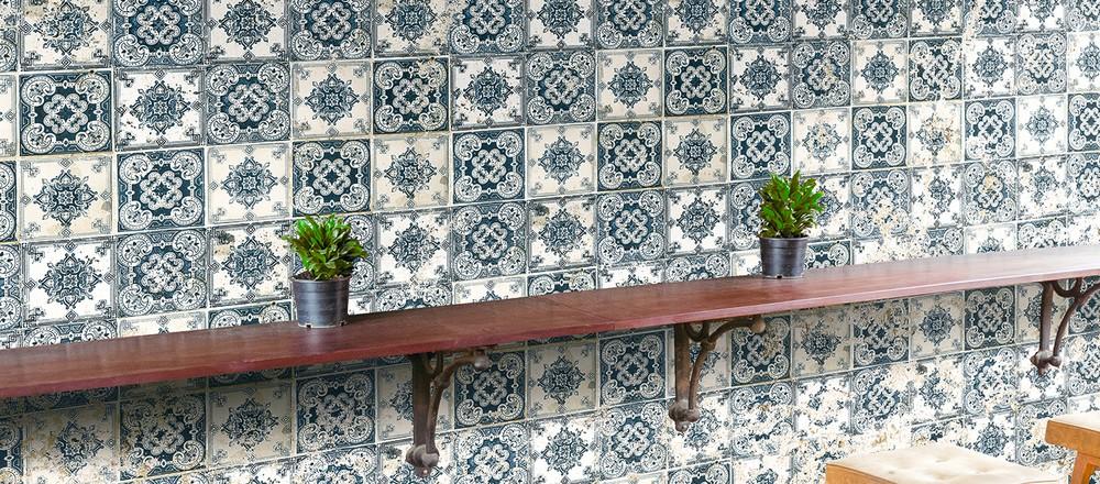 LISBONA | Carta da parati tipo ceramica azulejo - Nanni Giancarlo