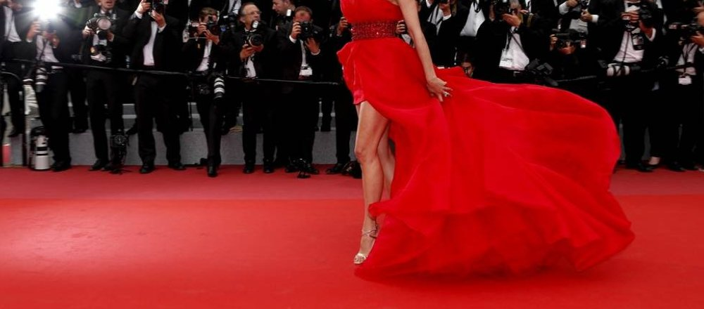 Corsie Di Moquette.Red Carpet Corsia Rossa Tinta Unita